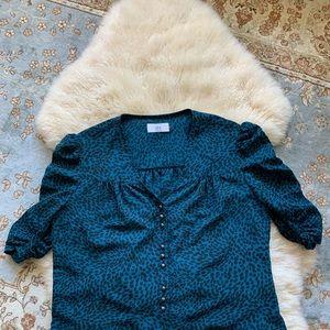 Blue leopard print copped top